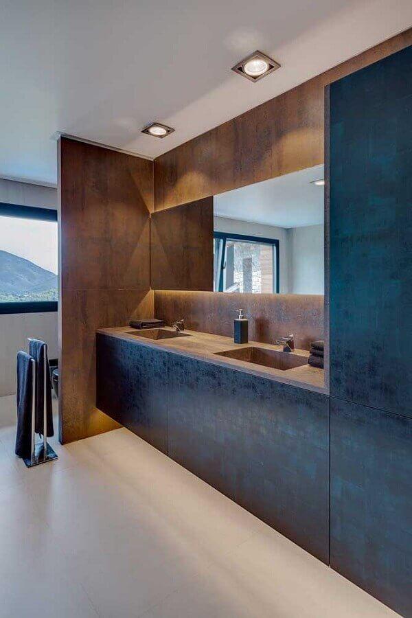 banheiro decorado com porcelanato aço corten Foto Mauricio Gebara Arquitetura