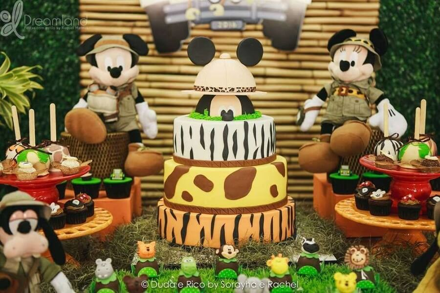 bolo para festa do mickey safari Foto Dreamland