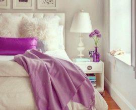 decoração clean com abajur para quarto feminino decorado com tapete felpudo branco  Foto Design history