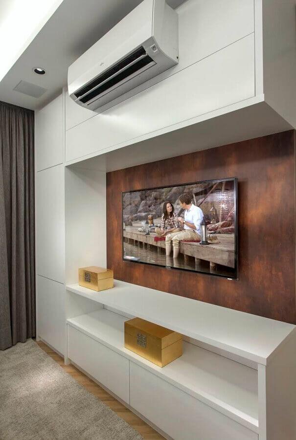 decoração com tinta aço corten para sala de tv Foto Pinterest