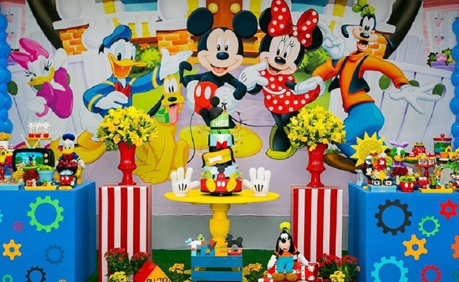 decoração divertida para festa turma do mickey Foto Dani di Loreto Festas