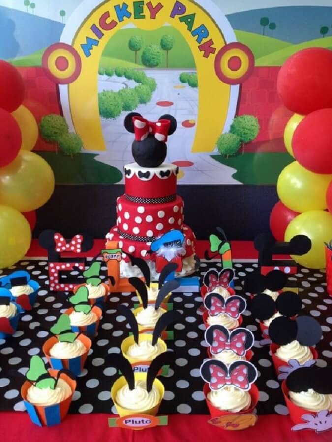 decoração divertida para festa turma do mickey Foto Ellie Rose Party Designs
