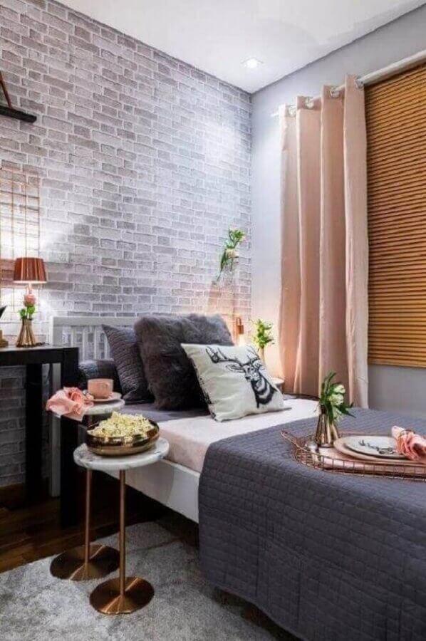decoração moderna com abajur para quarto feminino cinza e rose gold Foto Jeito de Casa