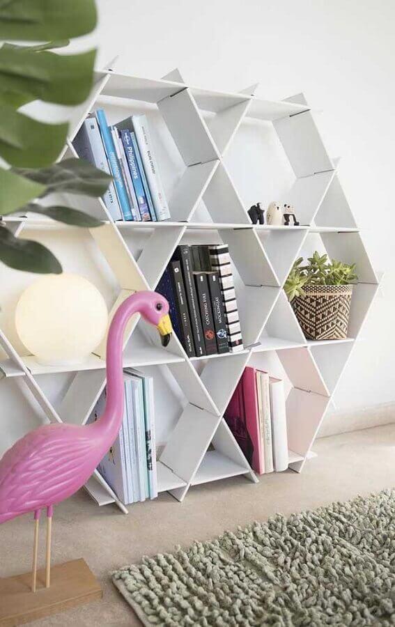 dicas de decoração com estante diferente Foto Etsy