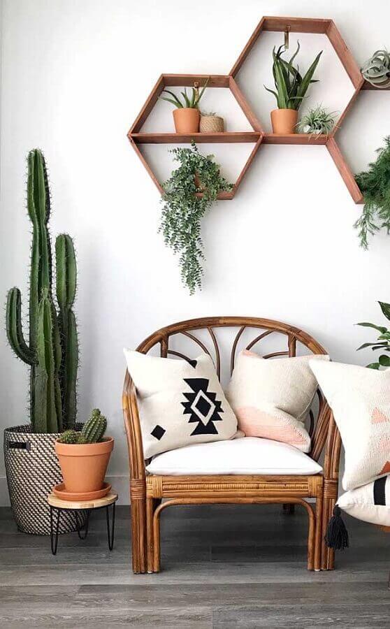 dicas de decoração com nichos diferentes e vasos de plantas Foto Mauricio Gebara Arquitetura