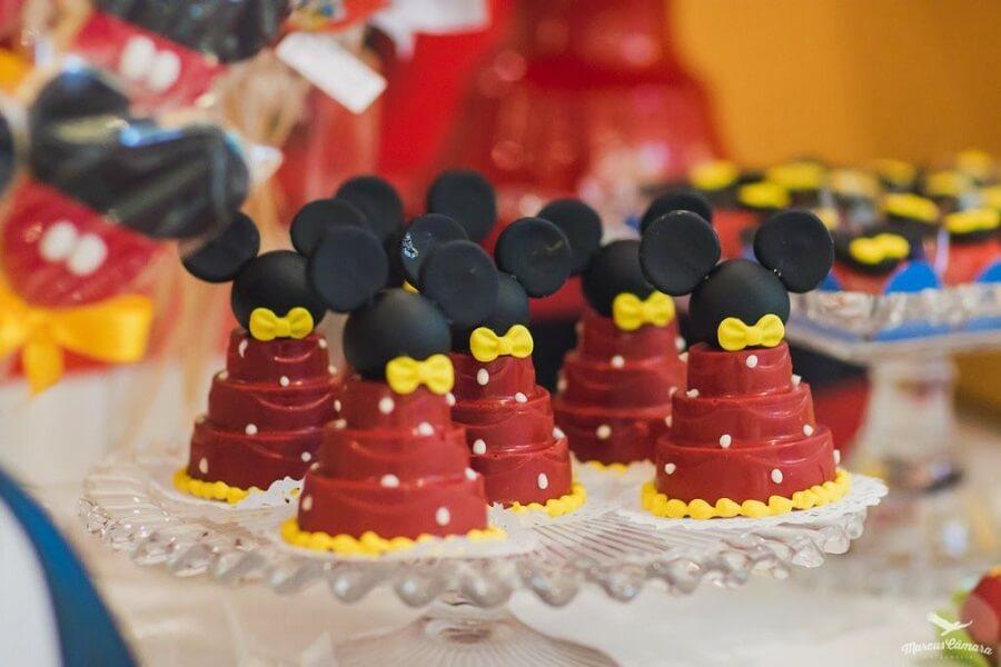 docinhos para festa do mickey mouse Foto Pinosy