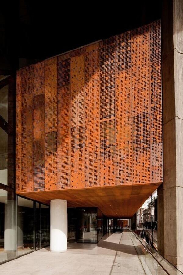 fachada comercial com chapa de aço corten Foto Pinosy