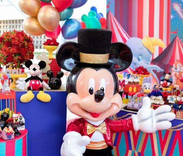 ideias de decoração para festa circo do mickey  Foto Bianca Mattos