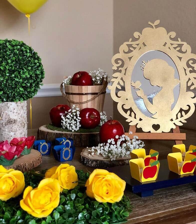 maçãs para decoração de festa da branca de neve Foto Decorations by Majo