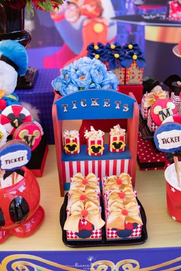 mesa decorada para festa circo do mickey Foto Bianca Mattos