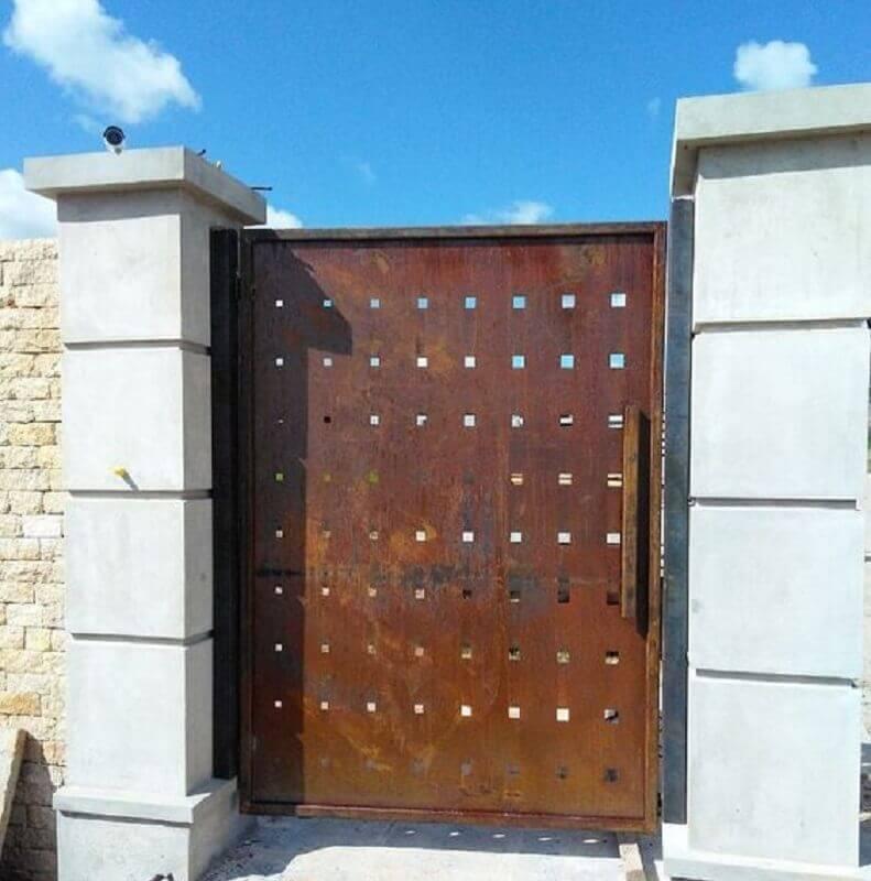 portão com tinta aço corten Foto Pinterest