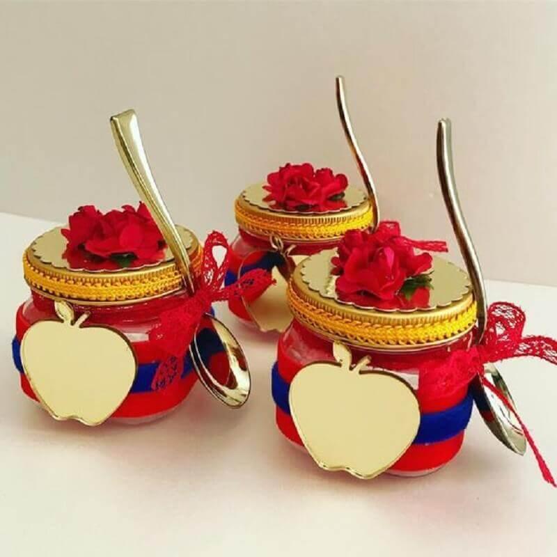 potinhos personalizados para lembrancinhas de festa da branca de neve Foto Pinterest