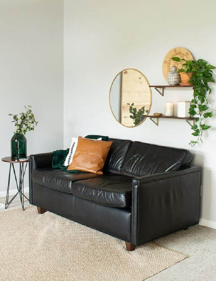sofá de couro preto para decoração de sala simples Foto My Breezy Room