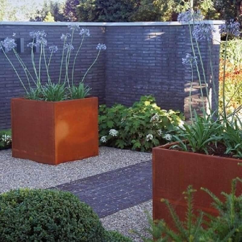 vasos de plantas em aço corten  Foto Eliassen Home & Garden Pleasure