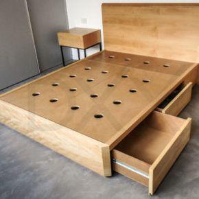 Cama com gavetas - cama de casal com cabeceira marrom e gavetas