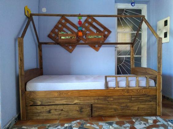 Cama com gavetas - cama infantil com arco e gavetas marrons