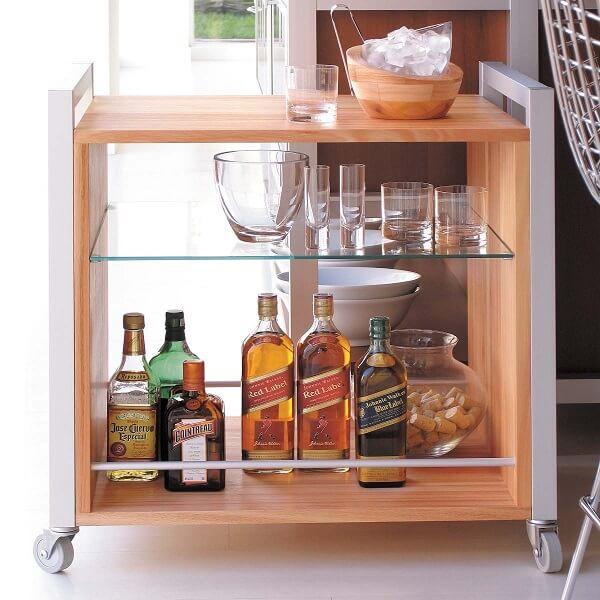 Carrinho bar em madeira maciça