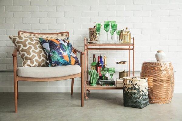 Carrinho bar para decorar seu ambiente