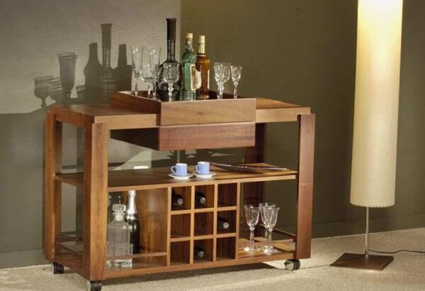 Carrinho bar para sala com nichos, bandejas e prateleira