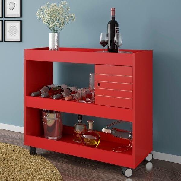 Carrinho bar para sala em estante vermelha