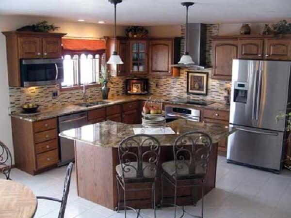 Modelo de cozinha planejada em formato de l