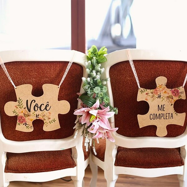 Creative puzzle plaque for grooms chair