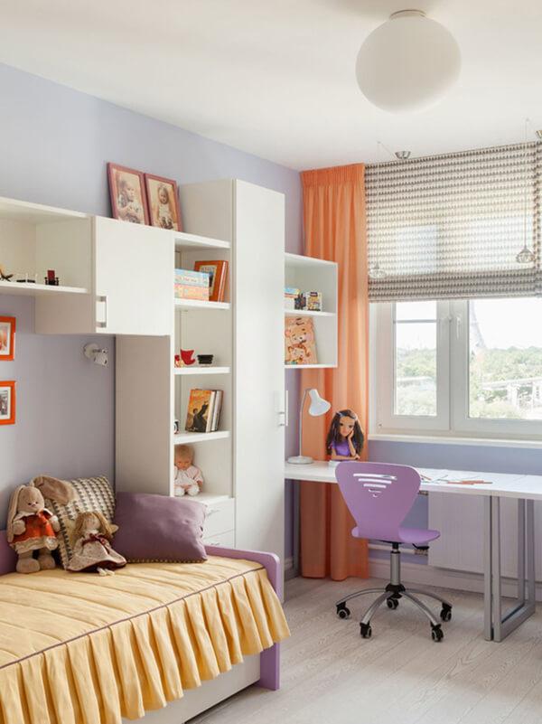 Quarto infantil planejado com móveis e nichos