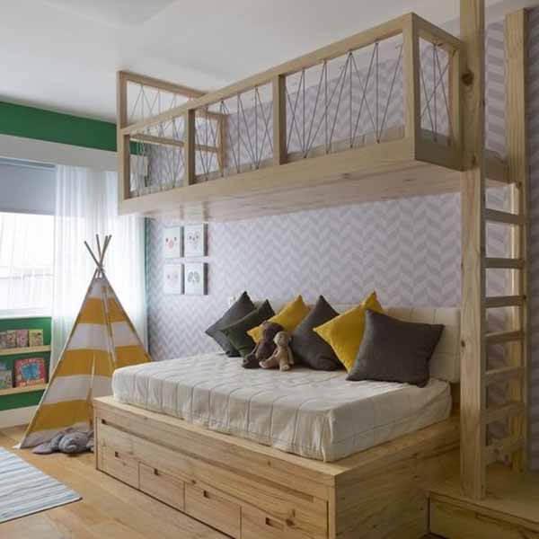 Quarto infantil planejado com mobiliário de madeira