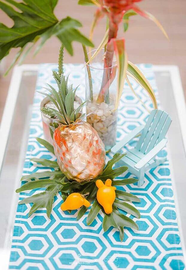 arranjo de mesa para decoração de festa na piscina Foto Studio DIY