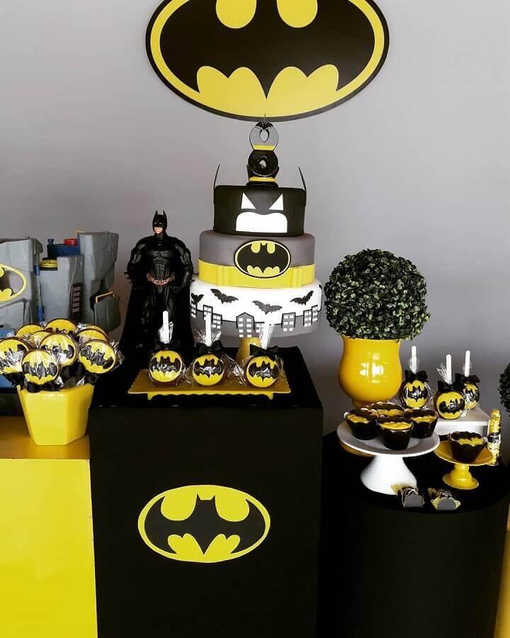 bolo personalizado para decoração do batman para festa infantil Foto Douglas Lopes