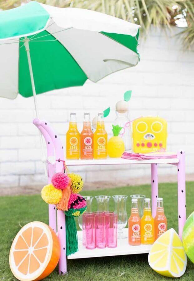 carrinho de bebidas para festas na piscina Foto Ideias Decor