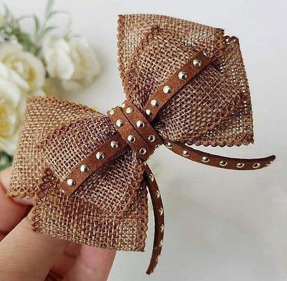 como fazer laço de fita - laço feito com fita de talagarça