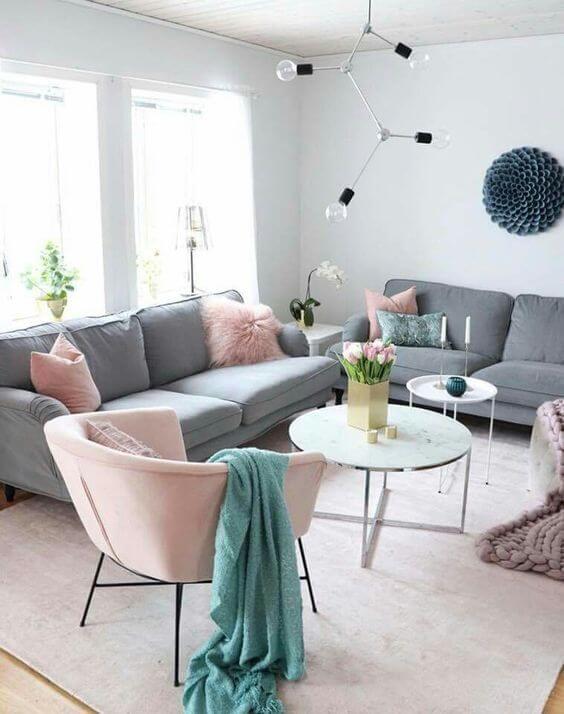 Cores para sala de estar cinza e rosa