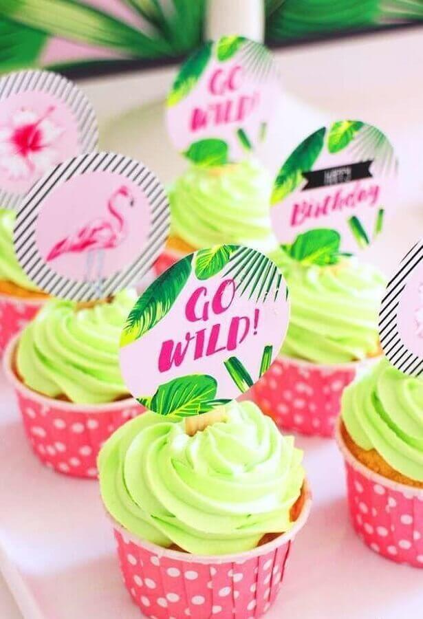 cupcakes para festa na piscina Foto Pinterest