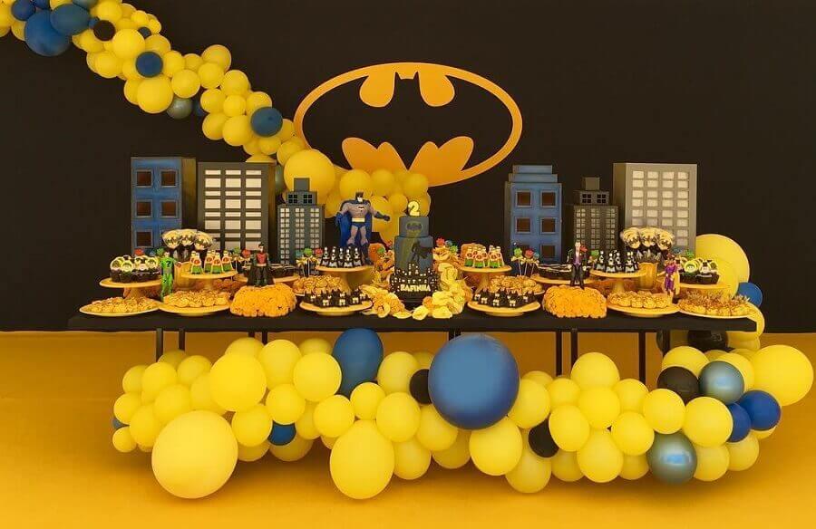 decoração clássica para festa de aniversário do batman Foto Diego Segura