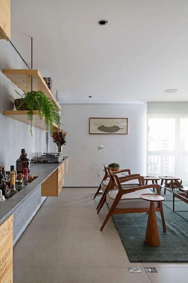 decoração com estilo contemporâneo com prateleira de madeira Foto Pinterest