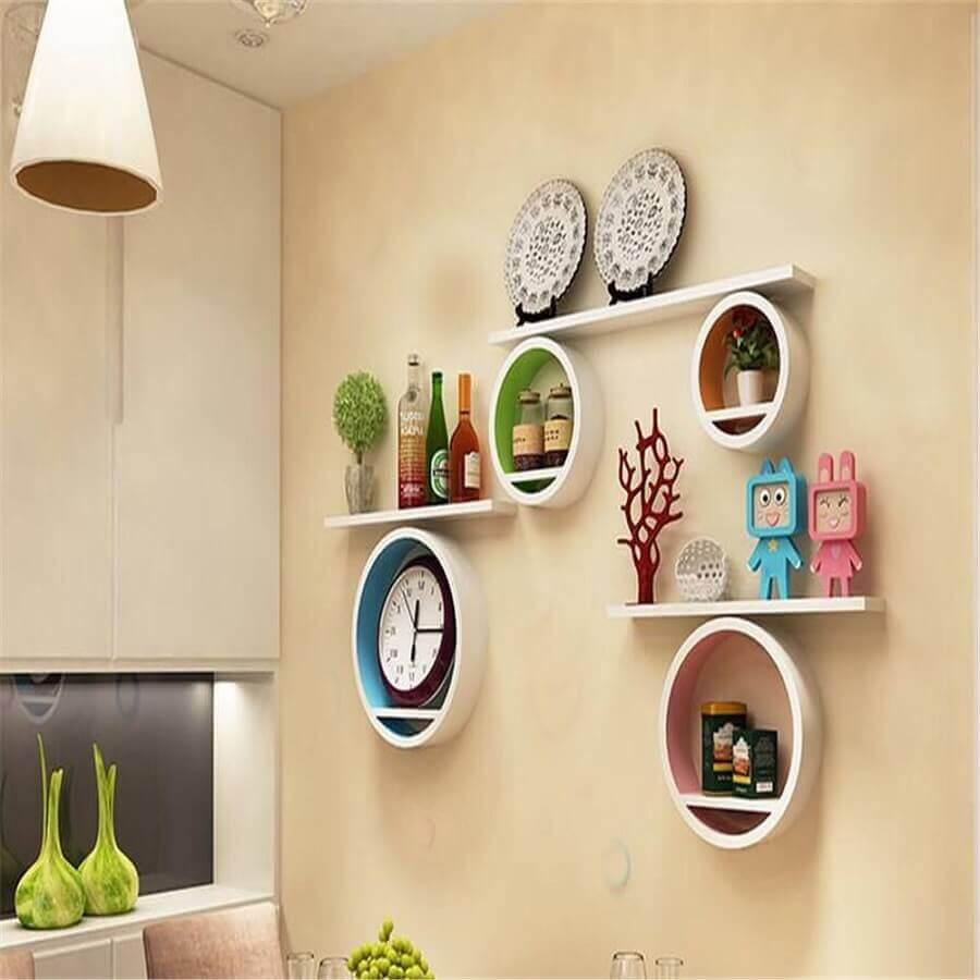 decoração com prateleiras e nicho redondo branco Foto DIY Home Decor Ideas