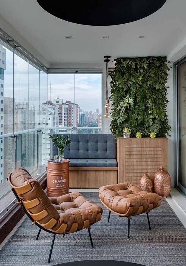 decoração com tonel rose gold para varanda Foto Mauricio Gebara Arquitetura