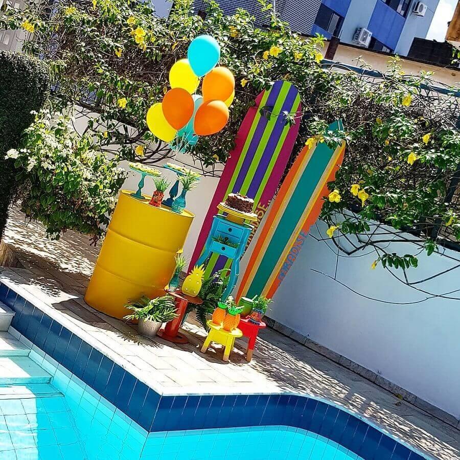 decoração de festa na piscina Foto Mesa Feita por Gabi e Mônica