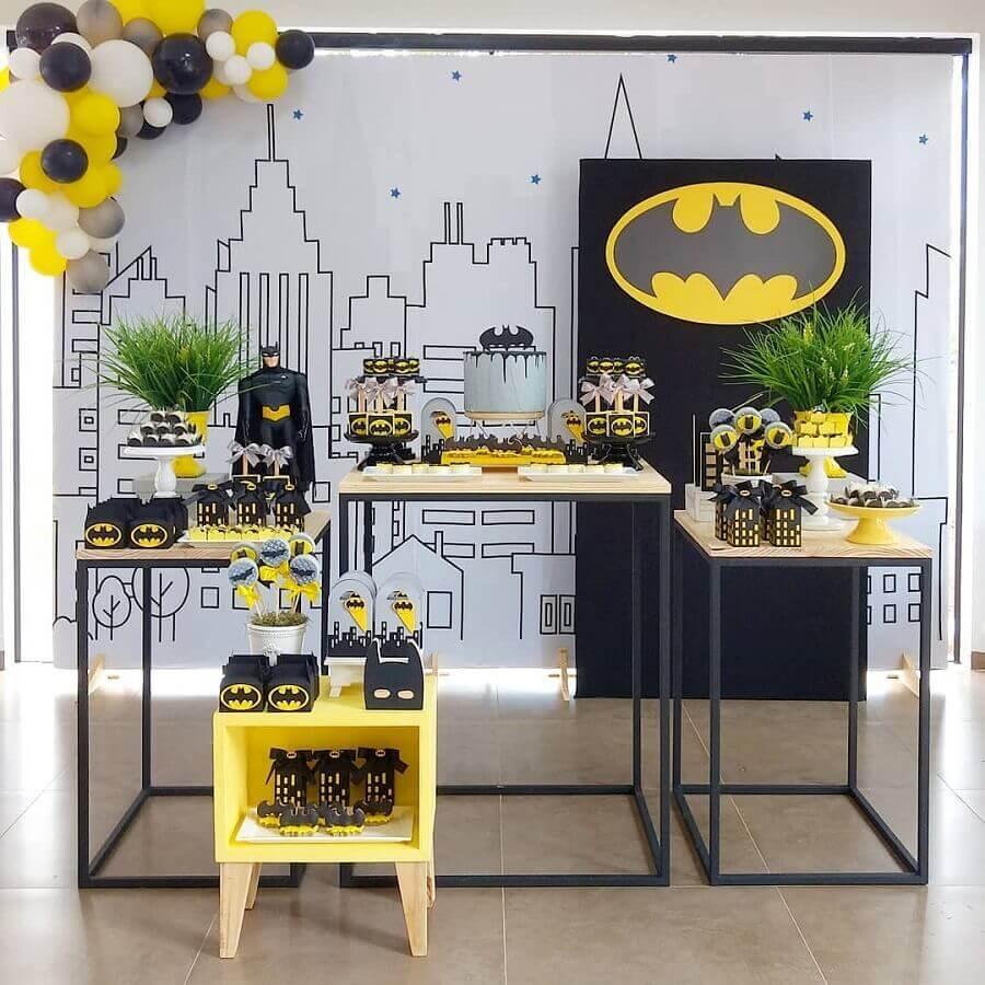 decoração minimalista para festa do batman Foto Danicarla Artes e Festas