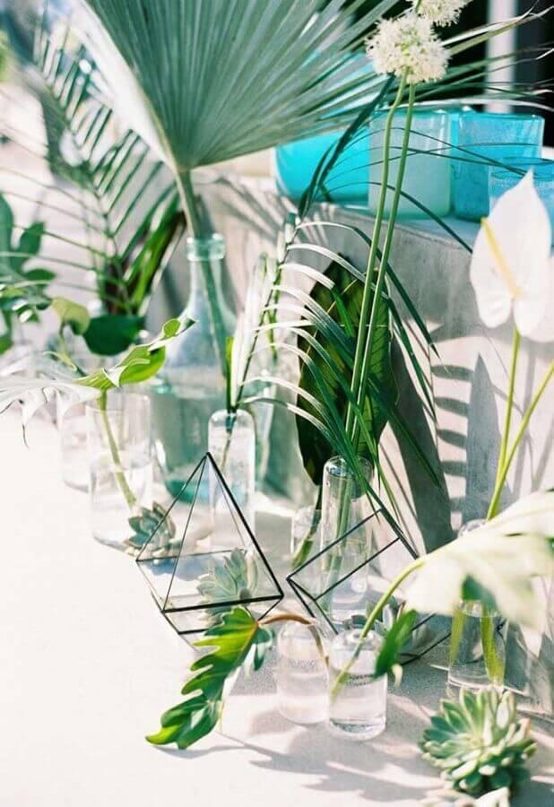 decoração minimalista para festa na piscina Foto Pinterest