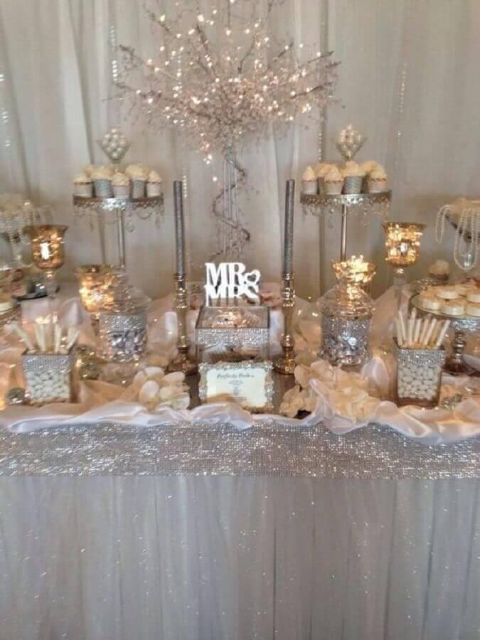 decoração para mesa de bodas de prata Foto Hasshe