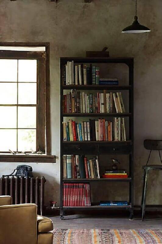 decoração simples com estante de madeira para livros Foto Pinterest