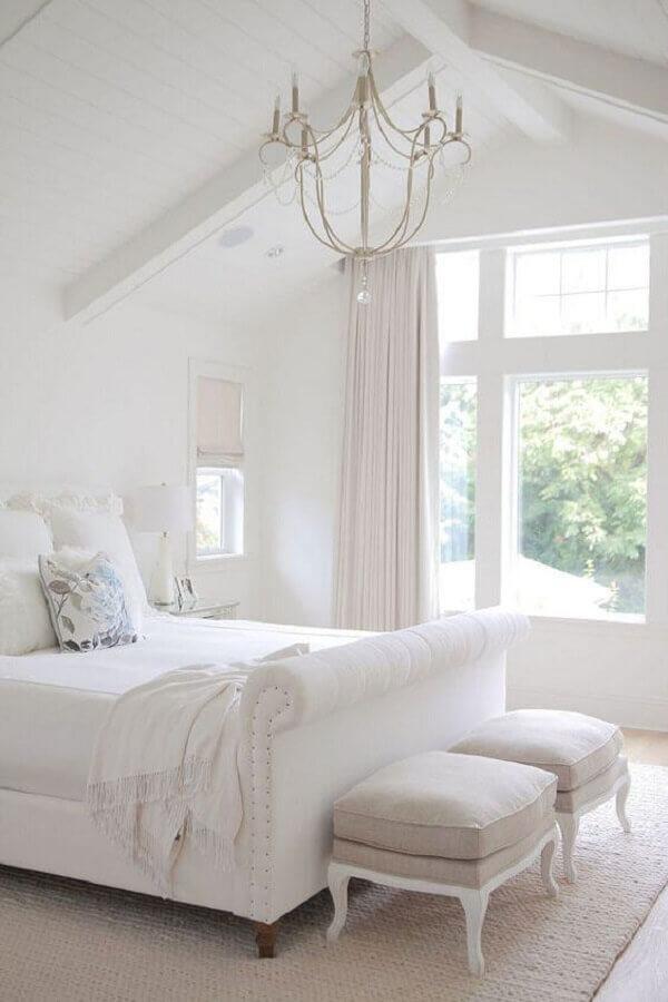 delicado modelo de lustre para quarto de casal todo branco Foto Pinterest