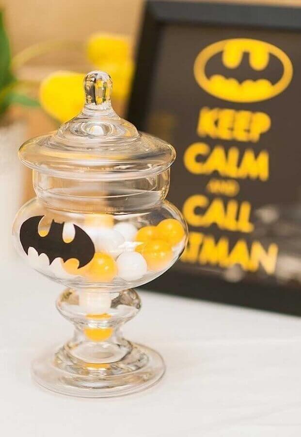 detalhes personalizados para decoração do batman para festa infantil Foto Pinosy
