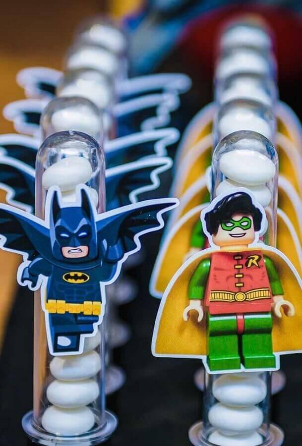 docinhos com embalagem personalizada para festa de aniversário do batman Foto Pinterest
