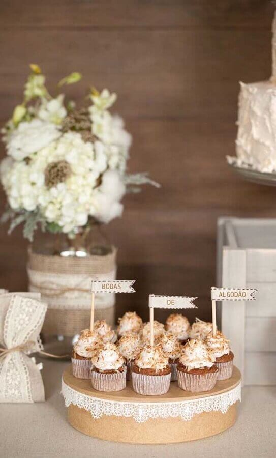 docinhos com etiquetas para bodas de algodão Foto Pinterest