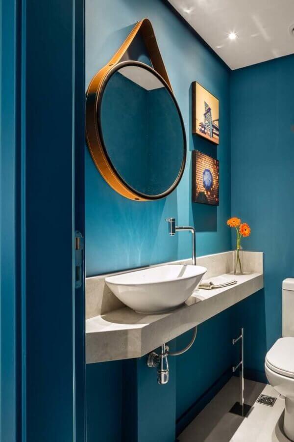 espelho redondo para banheiro azul Foto Marcela Madureira
