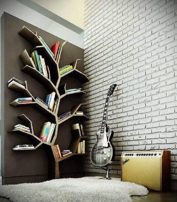 estantes para livros de parede em formato de árvore Foto We Heart It