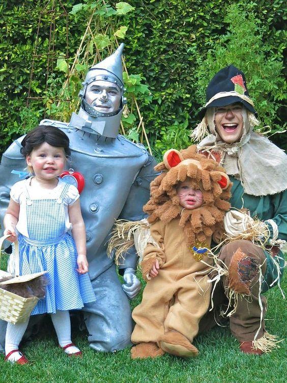 Festa à fantasia infantil